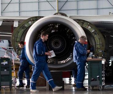 Tecnicos de mantenimiento Aereo
